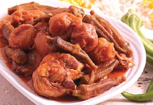 طرز تهیه خورش بامیه با مرغ